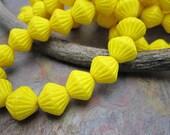 Del Sol Fluted Firepolished 11mm  Beads