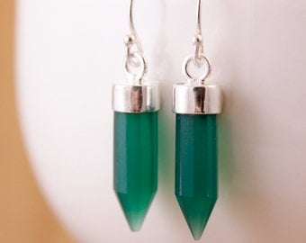 Green Point Earrings - Green Onyx Point - Spike Earrings
