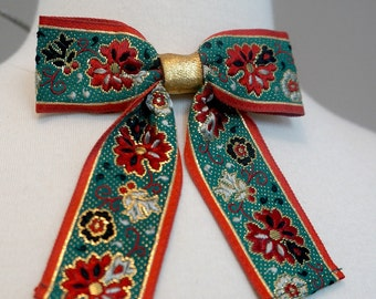 Vintage Clip On Bow / Ribbon / Bow Tie