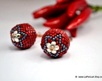 Beaded beads earrings - RED with PETROL STAR  - Globe Beaded Earrings on elongated handmade copper earwire