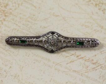 Vintage Edwardian/Art Deco Silver Filigree Emerald Green Rhinestone Bar Brooch