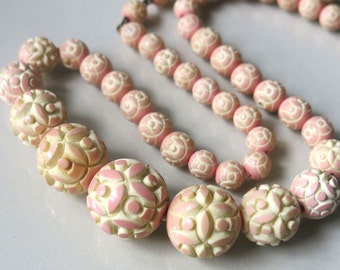 Art Deco Peaches n Cream Molded Carved Celluloid Ball  Bead Vintage Necklace