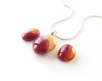 Pendant Necklace & Earrings set, Dark Red and Honey Gold Jewelry Set