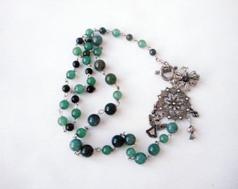 Green beaded necklace, Green jewellery, agate necklace, casual stone necklace