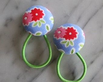Summer Flower pony tail holders make adorable party favors, gifts, everyday hair accessories