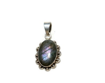 Vintage Mexican sterling silver and labradorite pendant marked 925