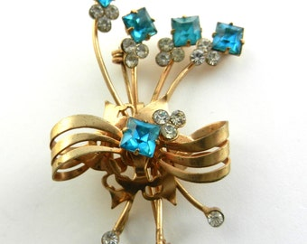 Italian 1940s Deco  - Magnificent Italian antique brooch, beautiful bow with flowers aquamarine crystals  -Art.138/3-