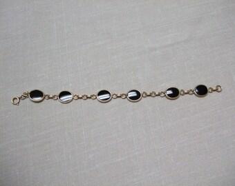Vintage Sarah Coventry Bracelet Black and Gold Cabochon