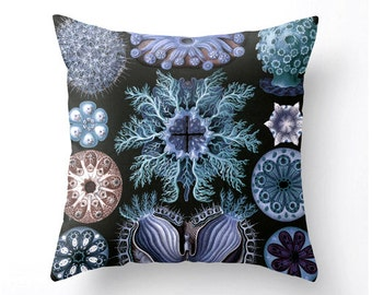 SEA LIFE decorative throw pillow coastal decor beach cottage decor, blue hues, accent cushion, pillow cover, cushion cover