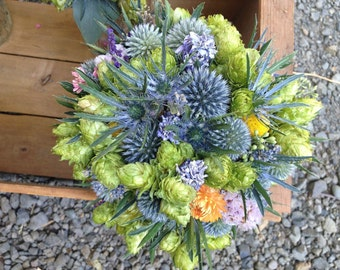 Bouquet, hops and thistle/ echinops