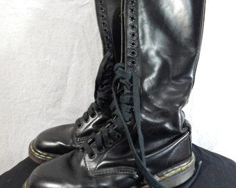 Original DOC MARTIN 20 Eyelet Black Leather BOOTS Size 6uk/8us women