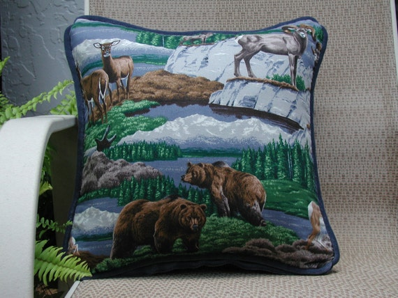 Decorative Throw Pillow Wildlife Pillow Grizzly Bears