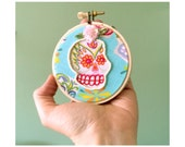 Funky Embellished Day of the Dead 3-Inch Skull Hoop Art with Beadwork, Flower, Sequins