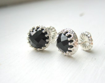 Black Onyx Cabochon Earrings - Sterling Silver Studs - Antique Crown - Post Earrings