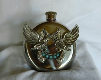 Dual Winged Bling Western Couontry Style Pistol Round Hip Flask