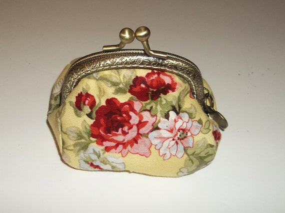 Metal Frame Coin Purse - Pouch  -  Bags and Purses - Cabbage Rose Print - Yellow and Red - Coin Purse - Change purse - Cabbage Rose - Shabby