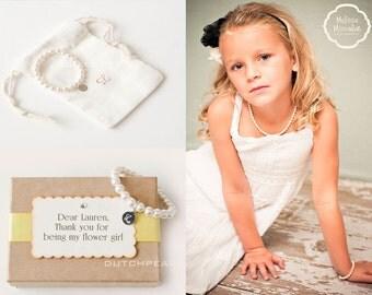 FLOWERGIRL BRACELET - Personalized  kids jewelry bracelet with monogram  - baby girl pearl bracelet - junior bridesmaid kids jewelry