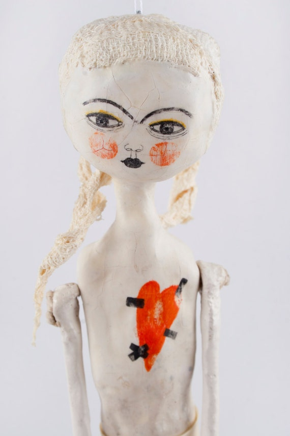 ART DOLLS, Hanging Decor, Sculpture Ornament, Ceramic Doll, Mixed Media Sculpture, Clay Wall Art, Embroidered, Kunst Puppe, 藝術娃娃, 芸術の人形