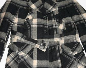 Gorgeous Vintage Wool Plaid Coat- Size M