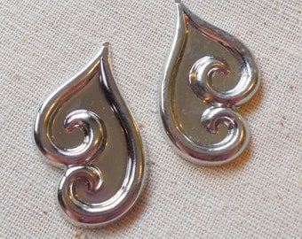 Chrome Plated Brass Nouveau Flourish Pairs (6 - 3 ea) Drops, pendants