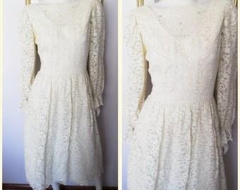Vtg.80s Cream Lace Rhinestone Puff Long Sleeve Wedding Dress.S.Bust 36.Waist 27.