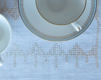 Vintage Swedish Linens: Shades of Beige