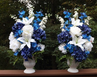 Design your own urn ceremony bouquets to match your special day!