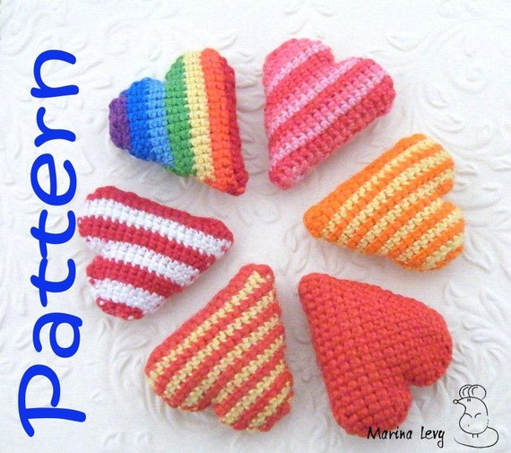 Pattern / Tutorial Crocheted Striped Heart amigurumi