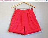 20% Off SALE Red High Waisted Shorts Vintage Pleated Waist Small