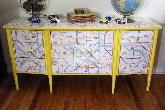 Mid Century Dresser / New York Metro Map - segure por Susan