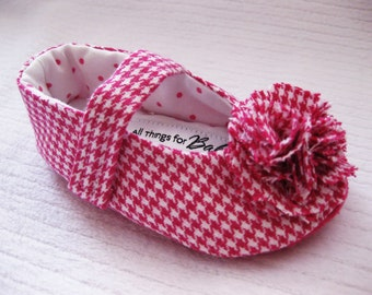 Girls pink shoes fabric baby shoes toddler girl shoes pink gingham velcro strap shoes pink houndstooth - Kaylee