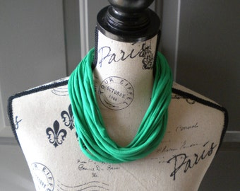 Jersey Scarf Necklace in Kelly Green