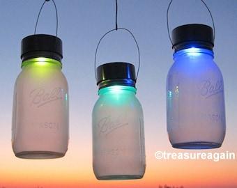 2 Color Changing Mason Jar Solar Lights, Ball Rotating Color Solar Jar Lanterns, 2 Frosted Jars with Hanging Mason Jar Solar Lids