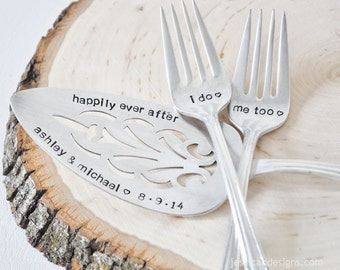 Personalized Vintage Wedding Cake Server & Forks Set - Customized with your wedding date!