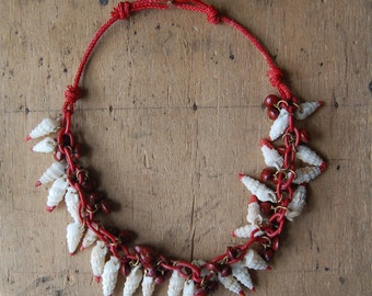 SALE // 1940s Miriam Haskell style seed and shell necklace ∙ SHORE LEAVE