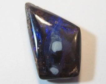 Boulder Opal .........  22 x 14 x 6 mm                     a3821