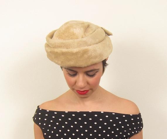 RESERVED Vintage 1960s Beige Wool Cocktail Hat