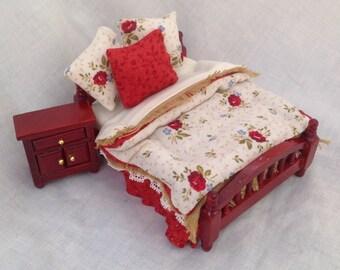 Dolls House Miniatures - 1/24TH  OR HALF INCH - Bed Set - Scarlett
