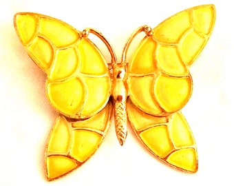 HOLLYCRAFT Pastel Yellow Enameled Pin Brooch Butterfly Bug marked stamped Designer Authentic Vintage Jewelry Highly Collectible Book piece