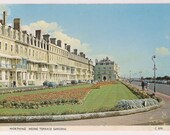 Worthing Heene Terrace Gardens West Sussex 1978 England scene with Old Retro Cars Vintage Souvenir English Postcard