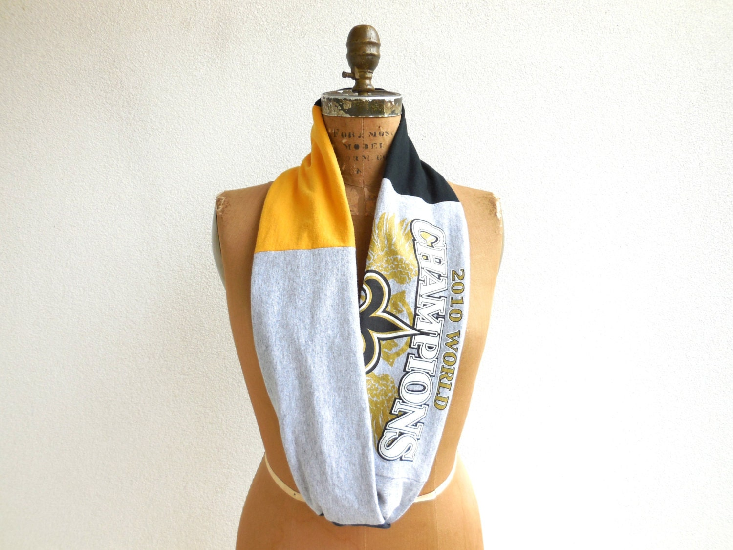 new orleans saints t shirt scarf black gold gray infinity