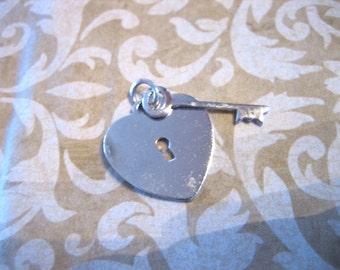 Vintage Sterling Silver Key to your HEART Charm Pendant