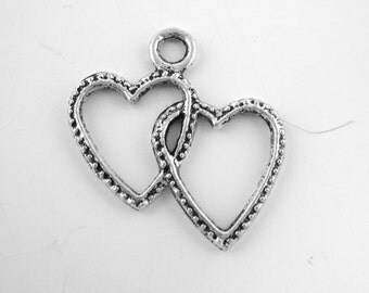 20pcs Silver Hearts Charm - Love Pendant - Valentine's Day Bead - Love Charms 075 - Wholesale Double Heart Linked Pendant - Heart Beads Gift