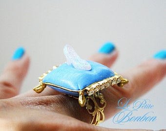 Cinderella glitter sparkle transparent shoe ring