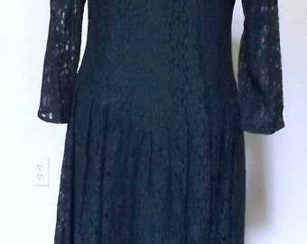 Vintage 90's Emerald Green Sheer Layered Lace Maxi - Dark Forest Green Grunge / Bohemian Long Lace Dress