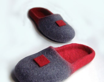 Women house shoes, felted wool slippers Japan/ wine / burgundy / ruby / red / gray / handmade / wool shoes