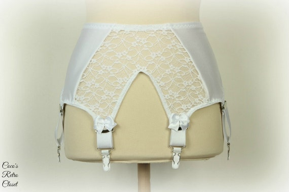 white lace style garter belt wide by cocosretrocloset
