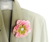 Sale!!! FLOWER feltl brooch - Ready to Ship Now - Gift under 25 USD