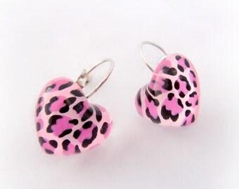 Pink animal print heart earrings, pinup heart earrings, kawaii resin jewelry, harajuku fashion