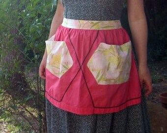 vintage 50s apron Salmon pink floral two pocket